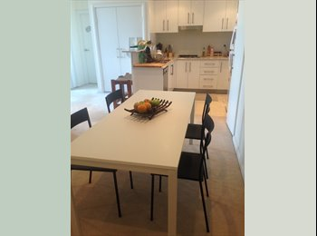 EasyRoommate AU - Large sunny place with distric views in DeeW/Curly - Dee Why, Sydney - $1083