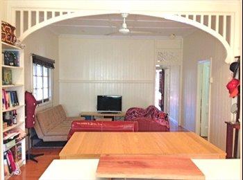 EasyRoommate AU - Petrie Terrace / Paddington room available - Paddington, Brisbane - $953