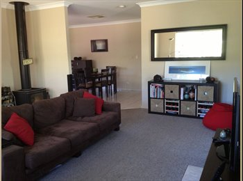 EasyRoommate AU - Room in 3 room share house - Araluen, Alice Springs - $953