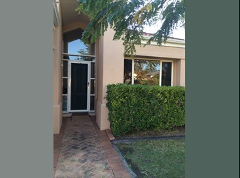 EasyRoommate AU - Modern Boutique Style Home handy to Griffith Uni - Ashmore, Gold Coast - $693