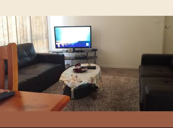 EasyRoommate AU - one room available in a  fully furnished three bedroom house - Ascot Vale, Melbourne - $650