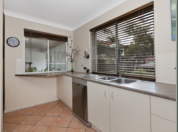 EasyRoommate AU - Tidy Townhouse in Carina- Great Value Rental - Carina, Brisbane - $823