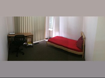 EasyRoommate AU - Room available at Doncaster and GREAT Location! - Doncaster, Melbourne - $600