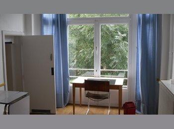 Appartager BE - ETUDIANT OU JEUNE UNIQUEMENT - Uccle-Ukkel, Bruxelles-Brussel - €450