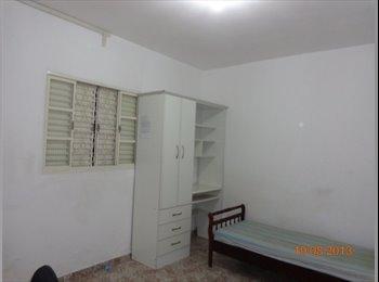 EasyQuarto BR - ALUGO QUARTOS INDIVIDUAIS TAUBATÉ - Taubaté, São José dos Campos - R$400