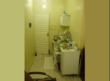 EasyQuarto BR - Cond: VILAS, Bairro: CENTRO - Manaus, Manaus - R$550