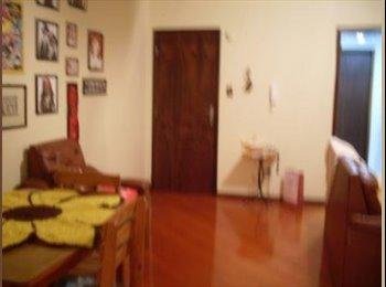 EasyQuarto BR - Apartamento próximo à UEPG do Centro - Ponta Grossa, Ponta Grossa - R$450