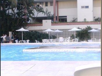EasyQuarto BR - Apartamento na cobertura com entrada independente - Barra da Tijuca, Rio de Janeiro (Capital) - R$2700