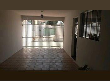 EasyQuarto BR - Casa no Capão Raso - Outros Bairros, Curitiba - R$550