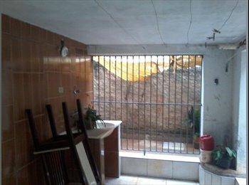 EasyQuarto BR - Quarto centro - Piracicaba, Piracicaba - R$400