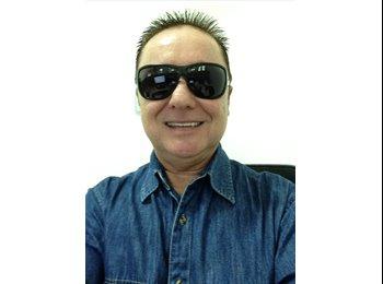 EasyQuarto BR - DIVIDIR APTO - Leme, Rio de Janeiro (Capital) - R$1300