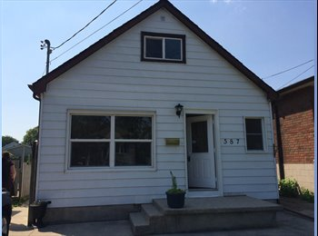 EasyRoommate CA - Basement Apartment AND Single Room! - Hamilton, South West Ontario - $450