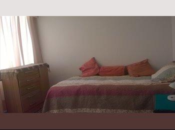 CompartoDepto CL -  habitacion - Los Condes, Santiago de Chile - CH$*