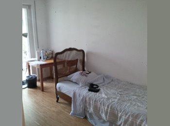 EasyWG DE - 1 Zimmer mit eigenes bad, ubahn vor der Tur - Trudering, München - €625