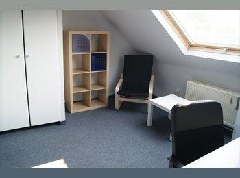 EasyKot EK - Kamer in centrum - Centrum, Brugge-Bruges - €250