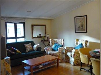 EasyPiso ES - Habitación con baño propio en pleno centro - Centro Ciudad, Salamanca - €350