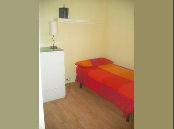 EasyPiso ES - Habitación en piso de lujo. TODO INCLUÍDO! - Zona Constitución - Balconcillo, Guadalajara - €250