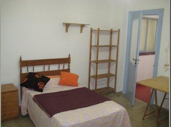EasyPiso ES - Habitación con calefacción e internet por 150 - Centro Ciudad, Granada - €150