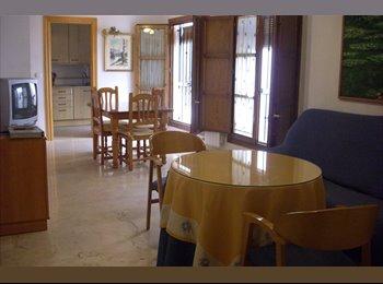 EasyPiso ES - Comparto piso centro Granada - Albaicín - Realejo, Granada - €200