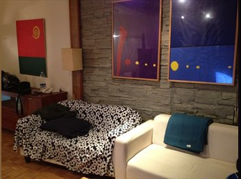 EasyPiso ES - Habitación en piso compartido - El Prat, Barcelona - €235