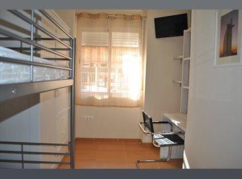 EasyPiso ES - Apartamentos individuales ¡¡ TODO INCLUIDO !! - Centro Ciudad, Granada - €300
