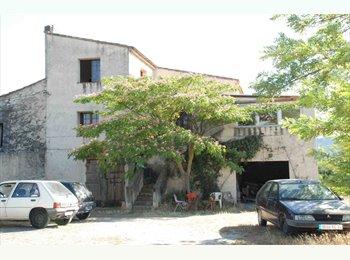 Appartager FR - Grande Colloc pas chère proche Aix en Provence - Meyrargues, Meyrargues - €380
