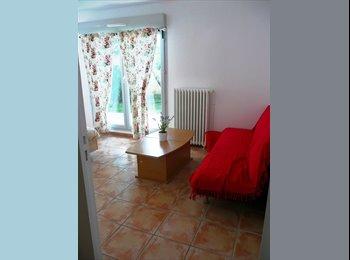 Appartager FR - CHAMBRE DANS VILLA AVEC JARDIN - Vénissieux, Lyon - €330