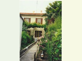 Appartager FR - chambre meublée à Avignon dans une maison - Avignon, Avignon - €315