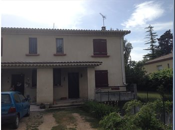 Appartager FR - Une Maison en coloc - Bourg-lès-Valence, Valence - €300