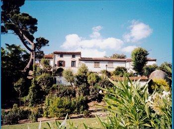 Appartager FR - chambres pour etudiants - Carcassonne Périphérie, Carcassonne - €350