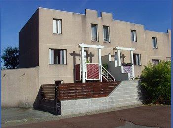 Appartager FR - Propose colocation à L'Isle d'Abeau 30 kms de Lyon - Meyzieu, Lyon - €250