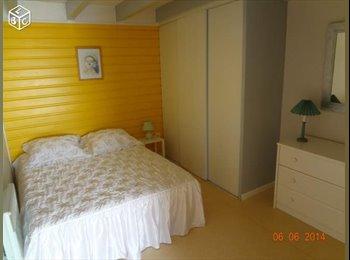 Appartager FR - Colocation dans un f3 5 min Centre-ville - La Rochelle, La Rochelle - €380