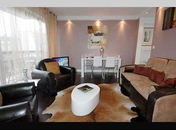 Appartager FR - Appartement de 50 m², 5e étage, ascenseur - Cœur de Ville, Nice - €800