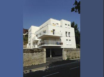 Appartager FR - colocation dans appartement neuf avec terrasse sud - Hérouville-Saint-Clair, Caen - €400