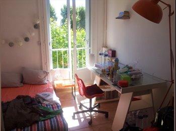 Appartager FR - URGENT: Belle chambre chez l'habitante - Aix-en-Provence, Aix-en-Provence - €450