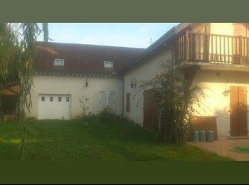 Appartager FR - colocation grande maison avec jardin - Dammarie-les-Lys, Paris - Ile De France - €425