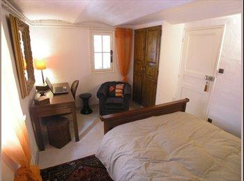 Appartager FR - Belle Chambre en Rez de Jardin - Toulon, Toulon - €450