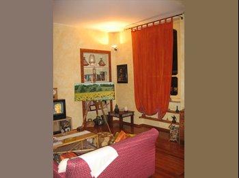 EasyStanza IT - Affittasi stanza singola - San Salvario, Torino - €350