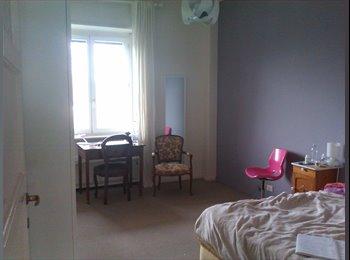 EasyStanza IT - offro stanza in appartamento - Prati-Clodio, Roma - €500
