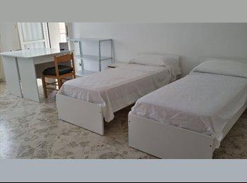 EasyStanza IT - Posto letto a studentessa 3393650013 - Lecce, Lecce - €130