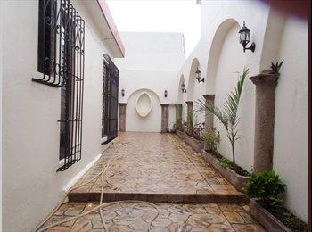 CompartoDepa MX - Rento habitacion amueblado en bonita casa - Tuxtla Gutiérrez, Tuxtla Gutiérrez - MX$3500