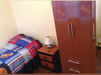 CompartoDepa MX - Se rentan 4 cuartos a estudiantes varones - Iztapalapa, DF - MX$2500