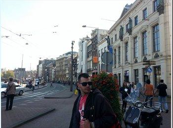 EasyKamer NL - Giorgos - 23 - Zaanstad