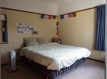 NZ - One Room Available From mid December!! - Macandrew Bay, Dunedin - $403