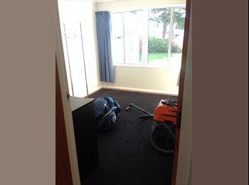 NZ - Easy living - Naenae, Wellington - $693