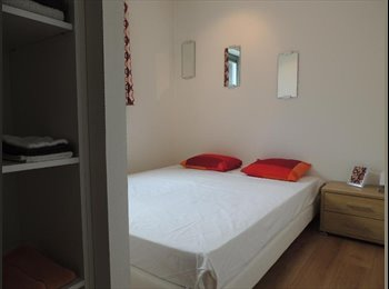 EasyRoommate SG - nicely furnished and clean flat in the central - Orchard, Singapore - $1250