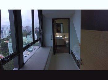 EasyRoommate SG - Small room w/ ensuite bathroom for short term. Central, new condo w/ pool, BBQ etc. - Telok Blangah, Singapore - $1200