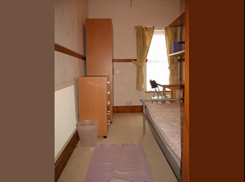 EasyRoommate UK - Great Student House close BCU - Perry Barr, Birmingham - £250