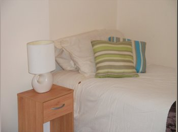 EasyRoommate UK - Room available to rent - Christleton, Chester - £450