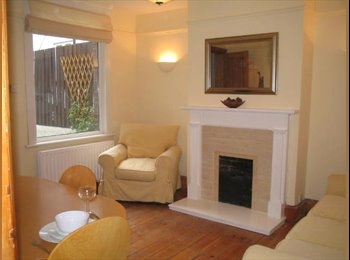 EasyRoommate UK - Chilled, professional household in Luton - Luton, Luton - £375